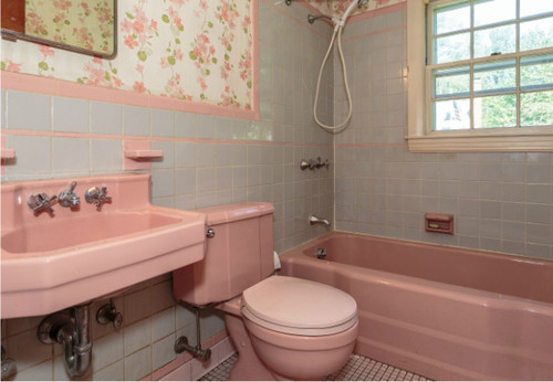 1950 39 s pink bathroom challenge for Pink grey bathroom accessories