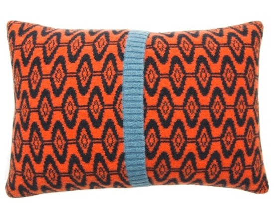 Ellipse Cushion - Spice -