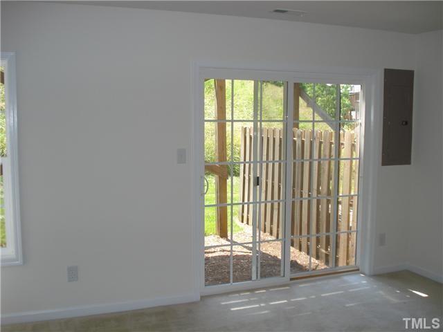 5313 Echo Ridge Road living-room