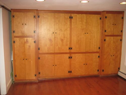 kitchen storage/bar wall