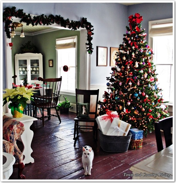 Farmhouse Style Christmas Decor