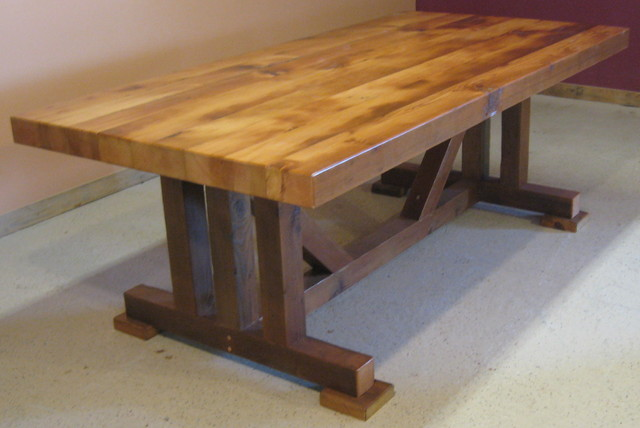 Reclaimed wood tables traditional dining tables for Reclaimed wood bend oregon