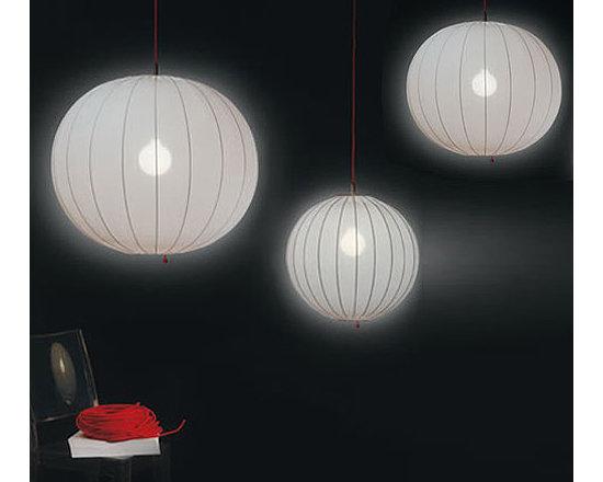 BALOON PENDANT LAMP BY PENTA LIGHT - The Baloon pendants by Penta has metallic wire