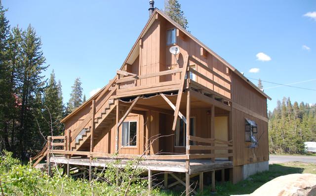 Serene Lakes Cabin rustic