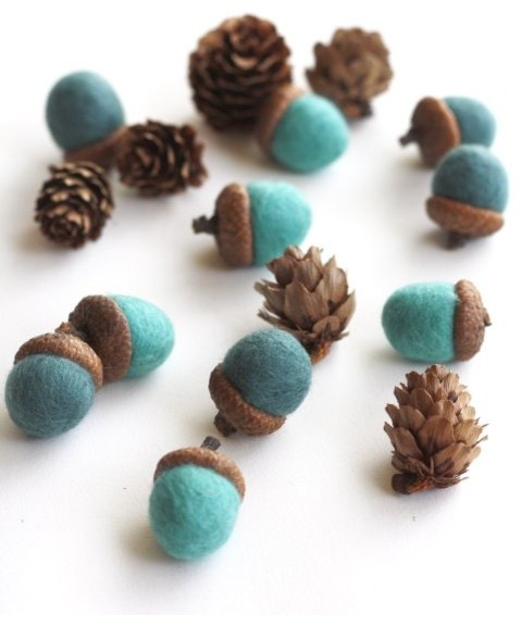 Felted Acorns, Blues contemporary-holiday-decorations