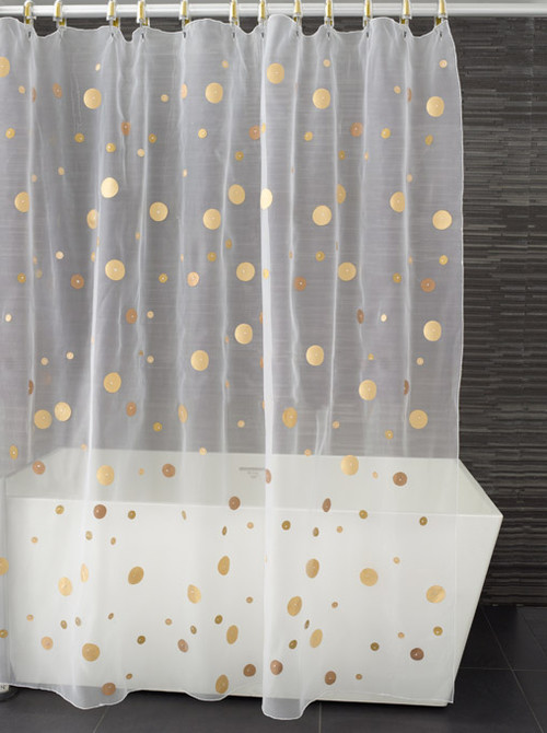 first attempt with fabric paint gold polka dot shower curtain chiche chouette. Black Bedroom Furniture Sets. Home Design Ideas