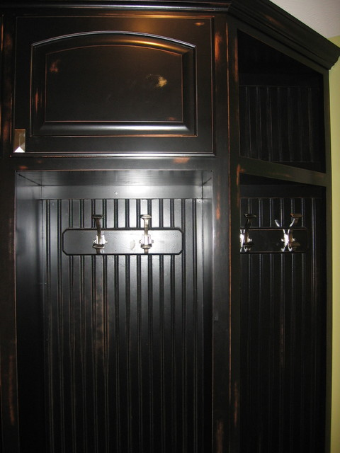 Lockers contemporary-entry