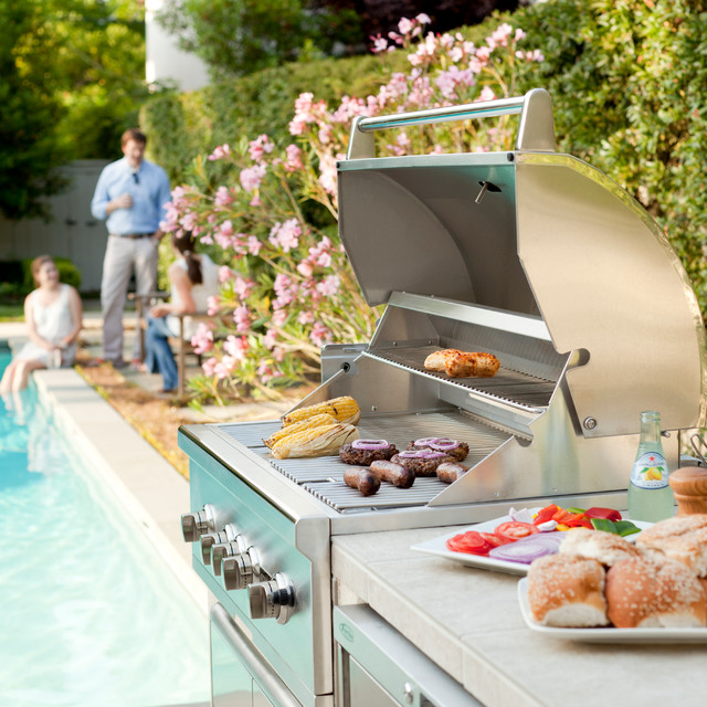 Outdoor Kitchens, Grills & Smokers contemporary-grills