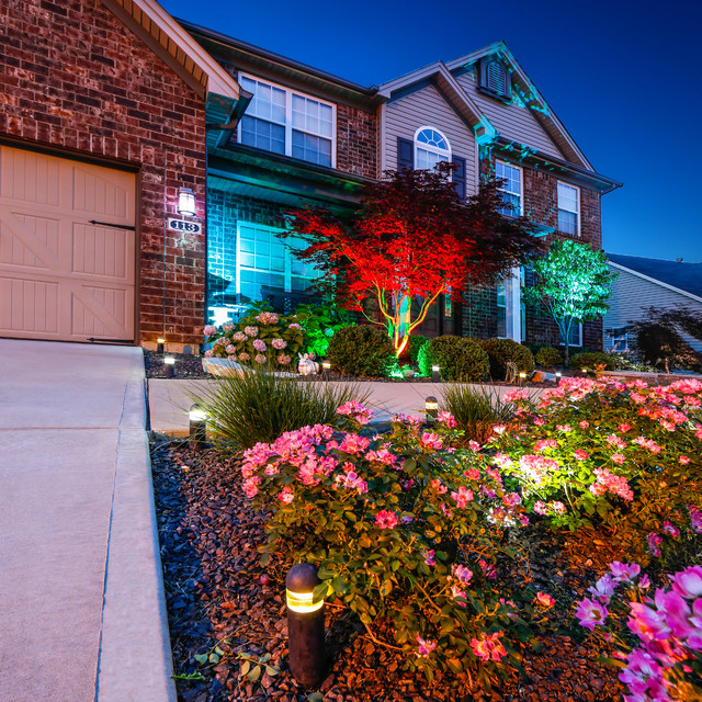 Led home exterior path and accent lighting traditional landscape st louis by super - Exterior accent lighting for home ...