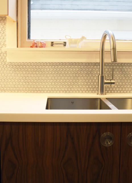 Modern midcentury style kitchen modern-kitchen