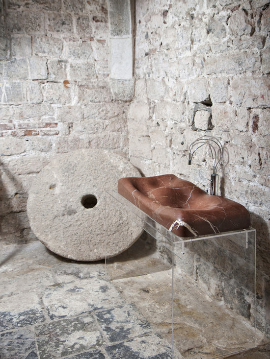 NUVOLA Sink - Material choices to fit your space include Bianco Carrara, Bardiglio Nuvolato, Crema Luna, Rosso Collemandina, Calacatta Caldia or Onice Arcoiris. Dimensions are 60cm x 40cm x 10cm. Weighs 15kg. Access to this sink and our full catalog of hand-chiseled natural stone is available at theverostone.com