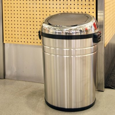 ... IT18RC Trashcan NX Stainless Steel Trash Can modern-kitchen-trash-cans