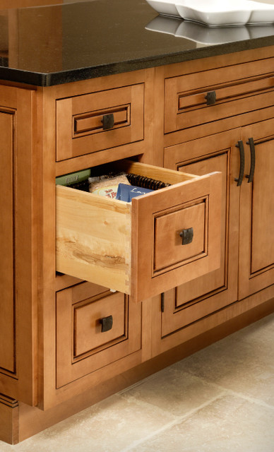 Drawer base cabinet traditional for Kitchen cabinets with drawers
