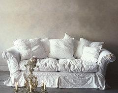 Floris Sofa traditional-sofas