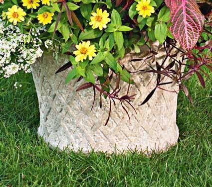 Lavastone Lattice Planter mediterranean-outdoor-planters