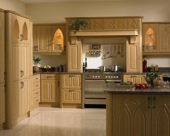 Lissa Oak Gothic Kitchens -