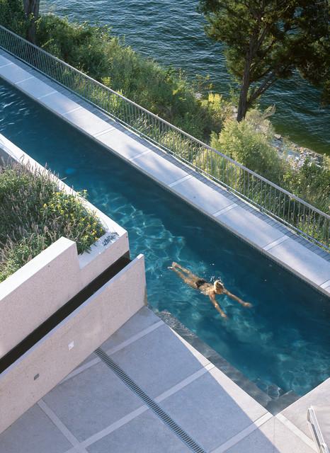 Lake House industrial-pool