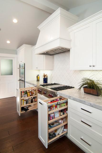 #72 - R&K Bonner - Alamo traditional-kitchen