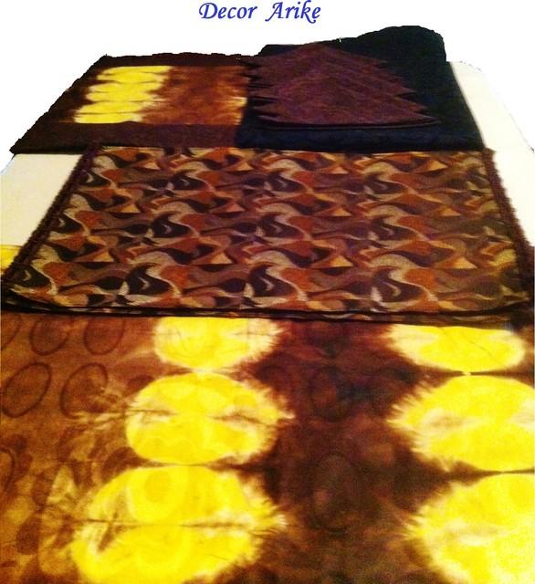 Meubles Exquis tropical-tablecloths