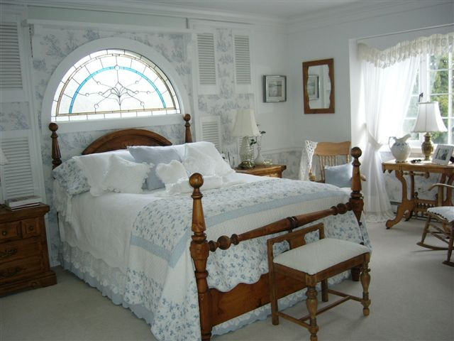 michelle 39 s bedroom with a french flair traditional bedroom