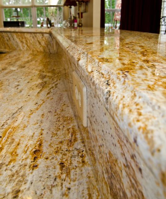 Golden River Granite Kitchen: River Gold Granite Kitchen