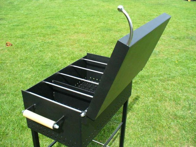 Charcoal grills and smokers modern-grills
