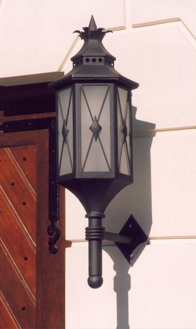 Lamp L123 Midcentury Outdoor Lighting other metro