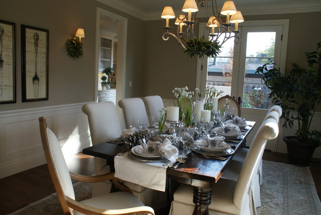 Finishing Touches- Junior League of Palo Alto-Mid Peninsula Holiday House Tour traditional