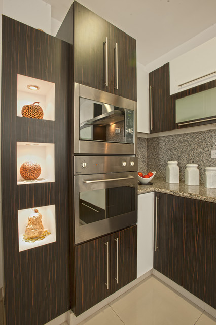 Ovens and Microwave tower - Modern - Kitchen Cabinetry - by Disfamosa