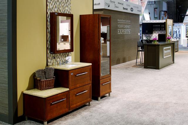Decora Modesto Cabinets at KBIS bathroom