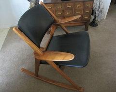 Shop houzz hans wegner king of chairs - Wishbone chair knock off ...