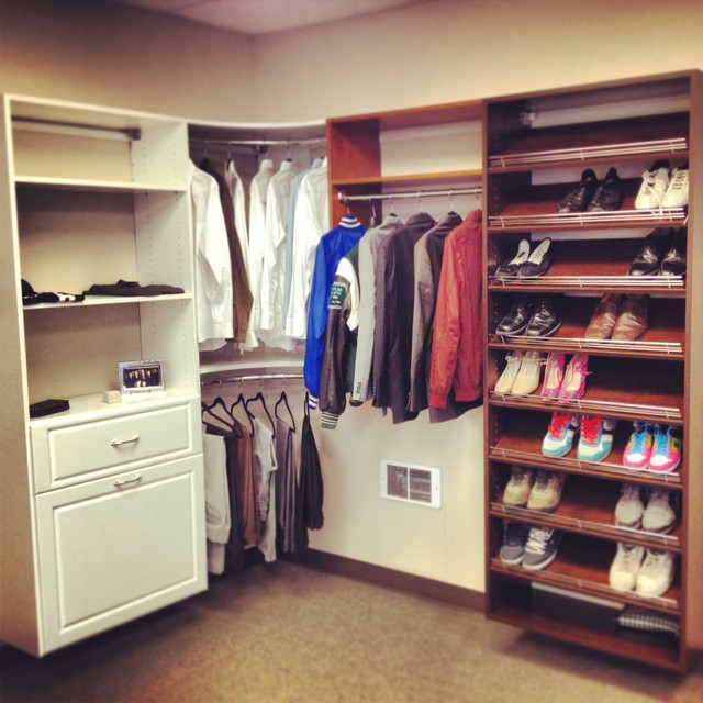 Showroom Puyallup, Seattle, Tacoma. Custom closet designs. modern-closet-organizers
