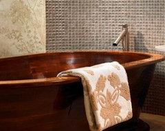 Arbor Bathtub Jamie Beckwith Collection mediterranean-bathtubs