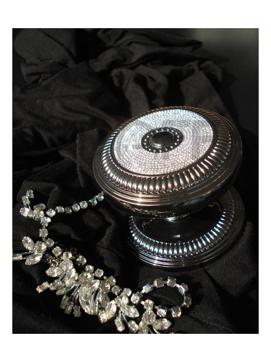 MOON CHARME COLLECTION - MADE WITH SWAROVSKI ELEMENTS -