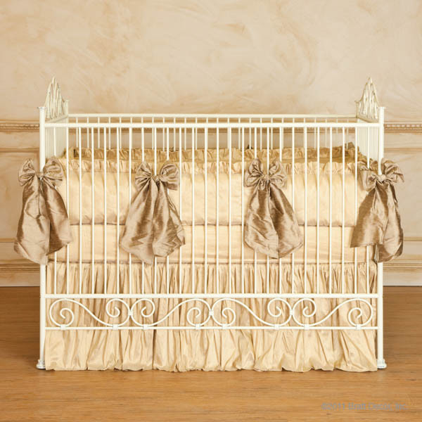 casablanca iron crib in antique white by bratt decor