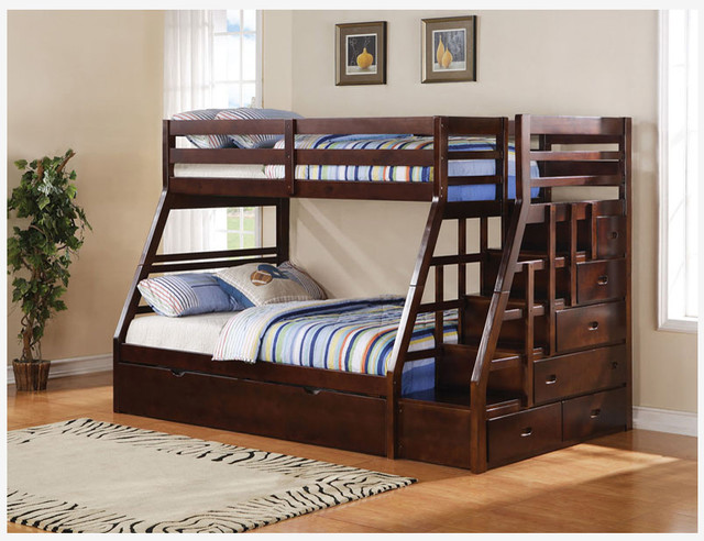 Twin Over Full Bunk Bed with Stairs 640 x 492