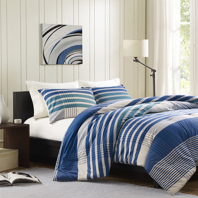 Ink and Ivy Connor 3-piece Comforter Set contemporary-quilts