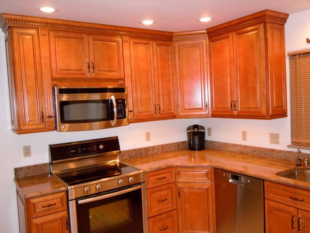 Kitchen cabinets king for Kitchen cabinets king