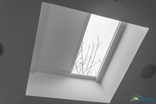 Motorized skylight blinds modern window blinds for Motorized blinds for skylights