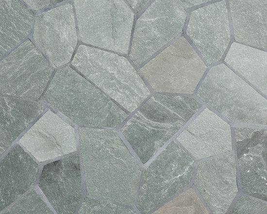 Relastone Systems - Realstone Systems Bluestone Algoma Mat - Algoma Flagstone mats feature an irregular flagstone pattern made from slate or quartz that is adhered to a rubber mesh mat.