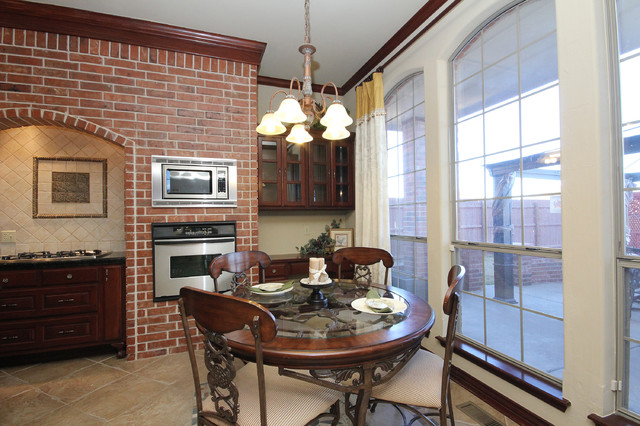NW 171 St traditional-kitchen
