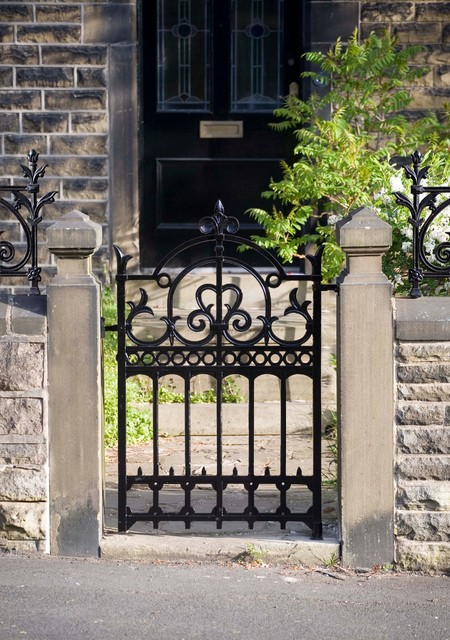 Heritage Cast Iron USA Imperial Garden Gate traditional-home-fencing-and-gates