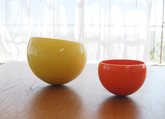 Wobble Bowls eclectic dinnerware