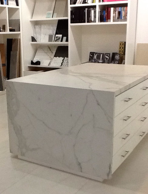 Porcelain slab - Kitchen Countertops - dallas - by CASALINEA