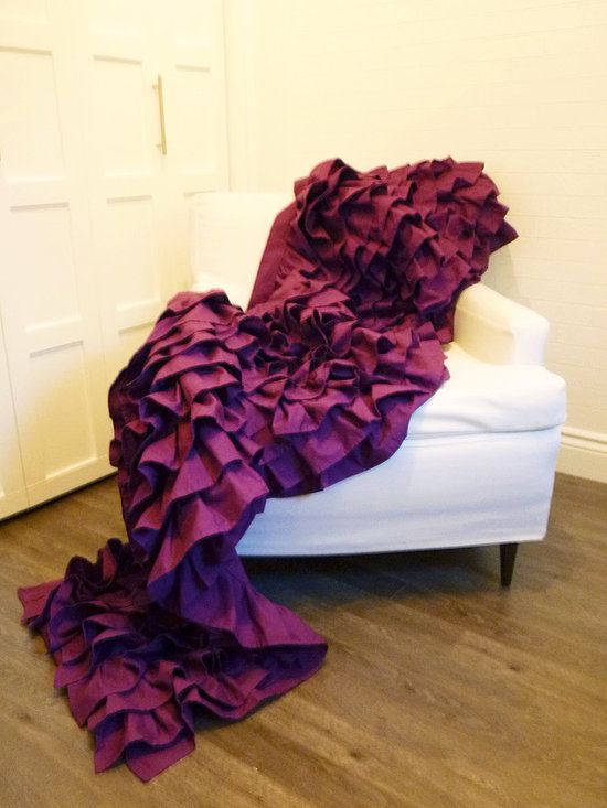 Ruffled Throw - Full / Double - Ideal for the foot of a bed, this beautiful ruffled throw brings fantastic colour and texture to any space! %100  cotton. Custom made, client can determine colour.