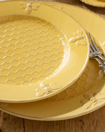 Four Bumble Bee Dinner Plates traditional dinnerware