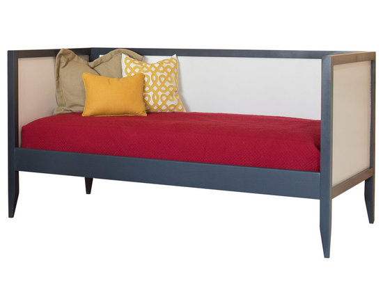 Newport Cottages - Devon Daybed - Nothing invites lounging and comfort like a daybed in your guest room or office. Inspired by the clean lines of Shaker furniture, this solid hardwood daybed lets your other decor take center stage.