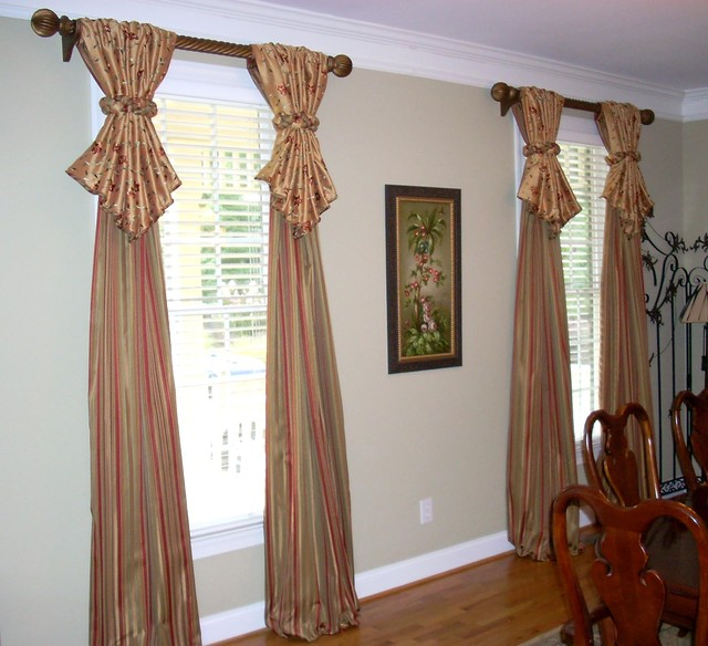 Window treatments traditional dining room atlanta for Dining room window treatments