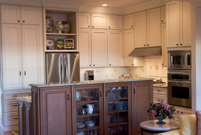 """Kitchen and Bath Remodel:  """"Crisp and Clean"""" traditional-kitchen"""