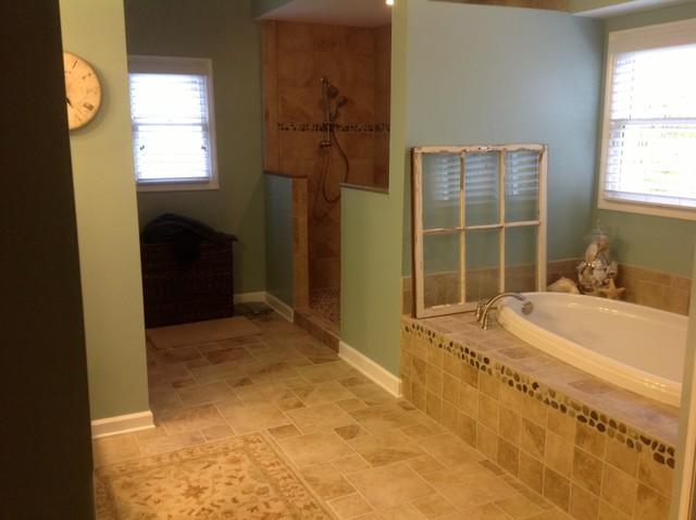 Kraftmaid Providence Maple Praline with Onyx - BATH traditional-bathroom